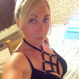 Blow jobs masterbation and massage are what I love and are quite the expert in  I love to talk and love to listen. And spanking is something I love and have developed quite a good skill at