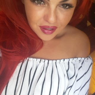 I love to give deep throat I'm an expert the best cock socker I love to be chocked whilst ur ramming ur cock inside me